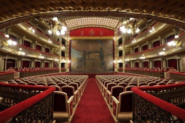 teatro romea interior murcia el mundo por recorrer