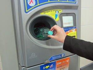 Máquina para devolver las botellas