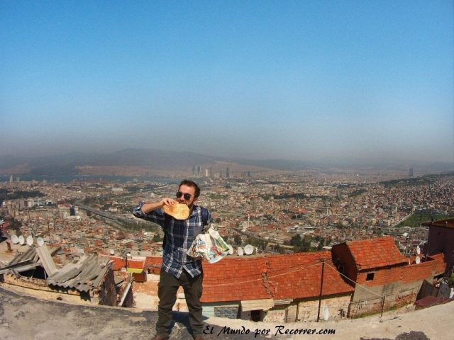 Pan recién hecho en Kadifekale