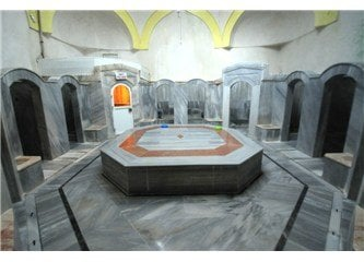 Interior del hammam Germiyanogullari