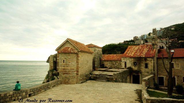 budva rivera riveira montenegro balcanes playas viajar ruta verano stari grad sveti stefan