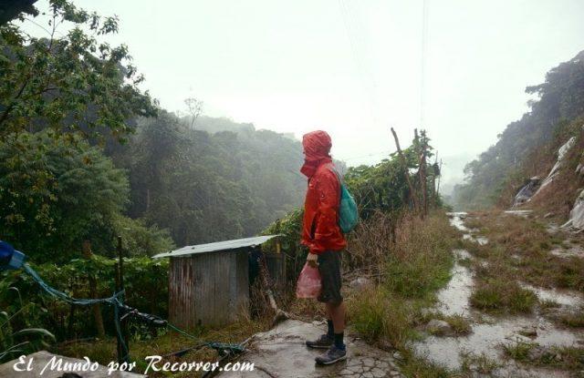 Cameron Highlands junggle trekking trail  lluvia refugio