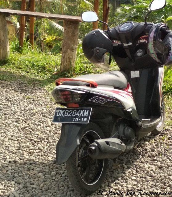 Bali Ubud moto de alquiler