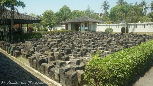 Borobudur Yogyakarta templo museo piedras
