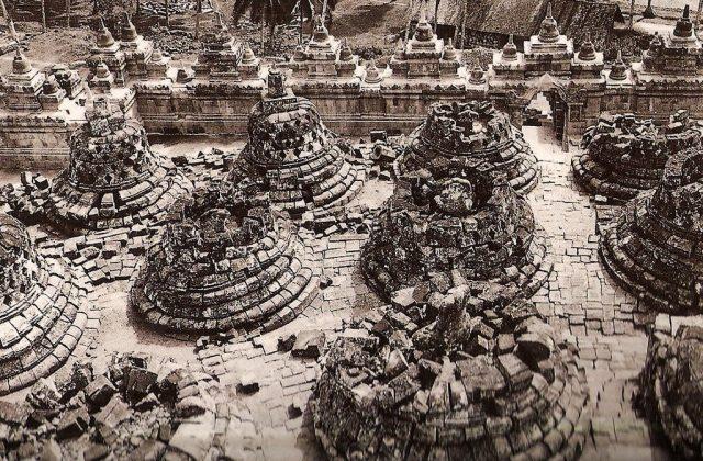 Borobudur historic foto