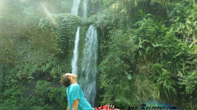 Senaru waterfall Sedang gili cascada