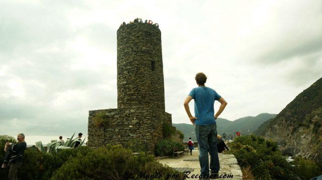 Cinque Terre Italia Vernaza castillo