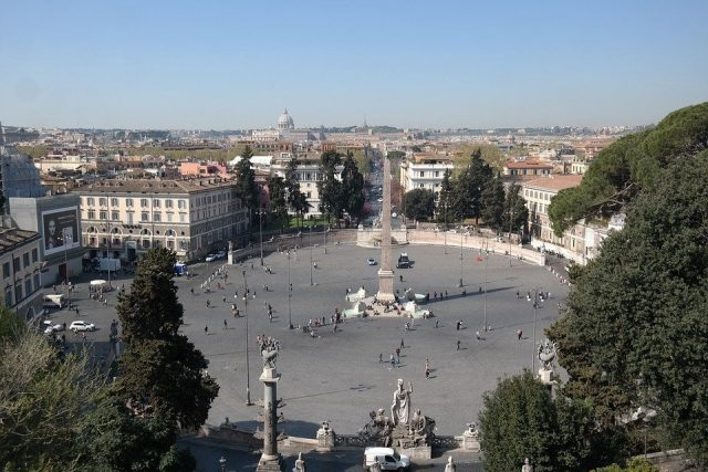 roma piazza de popolo