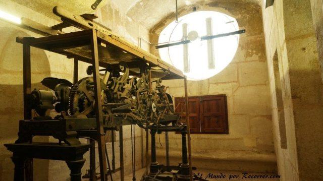 catedral murcia reloj maquinaria torre