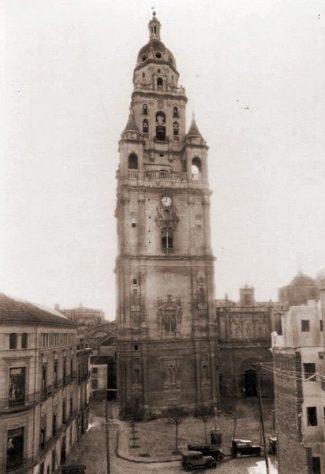 torre catedral murcia historica