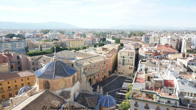vistas plaza catedral belluga