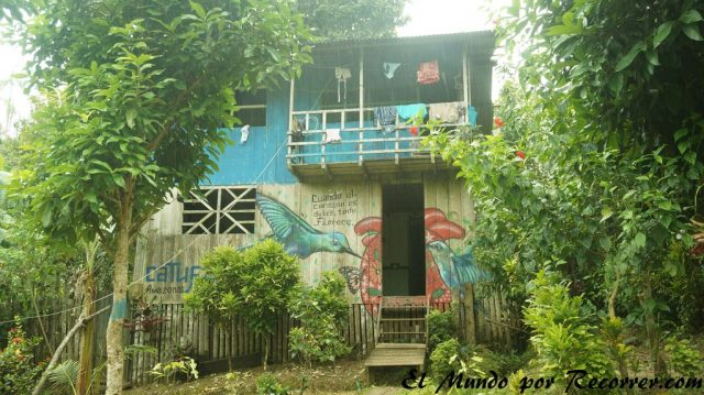 puerto nariño colombia casas low