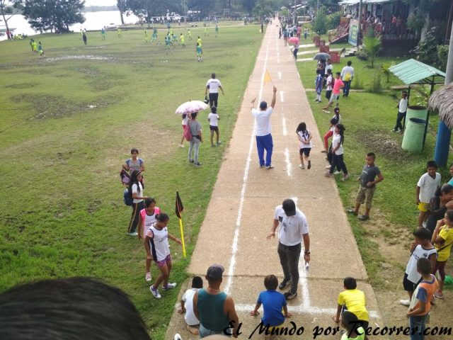 puerto nariño colombia olimpiadas de la escuela low