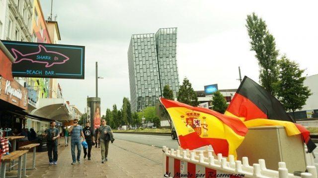 Hamburg alemania el mundo por recorrer banderas repeerbahn