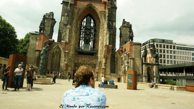 Hamburg alemania el mundo por recorrer st nikolau iglesia derruida