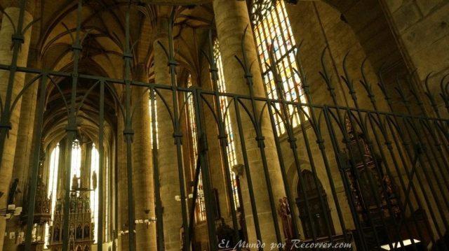 Republica checa pilsen catedral