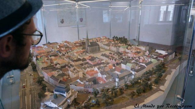 Republica checa pilsen maqueta en el ayuntamiento