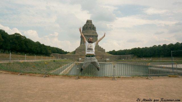 volki leipzig monumento alemania