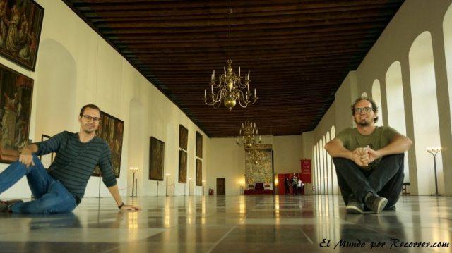 Viajar a Copenhague castillo kronborg sala de baile
