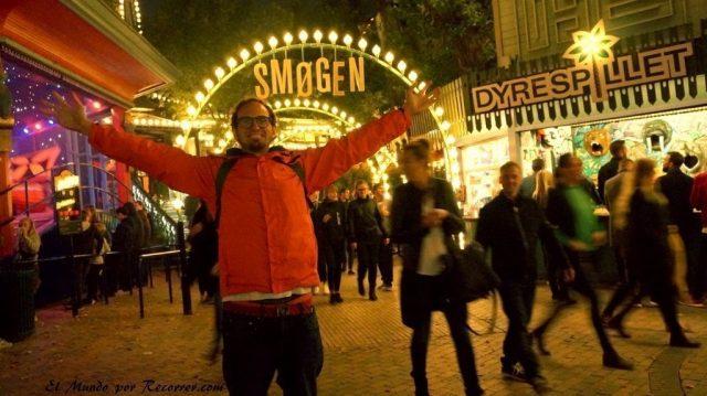 Viajar a Copenhague tivoli