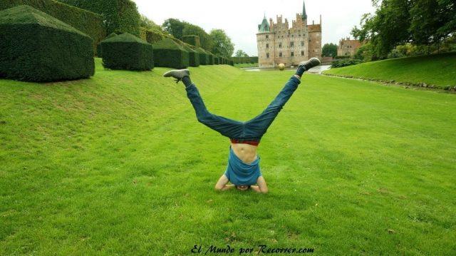 Visita al castillo de Egeskov en Fyn dinamarca