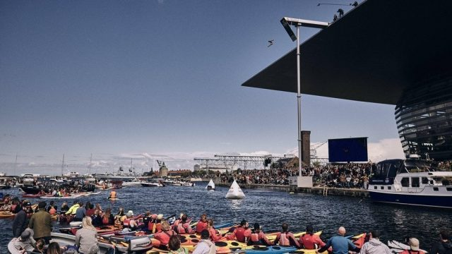 copenhague redbull opera diving