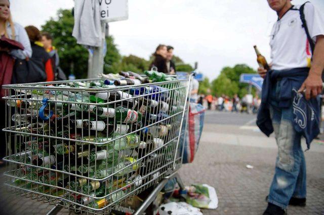 pfandsammler recolector de botellas alemania