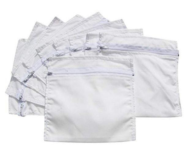 guardar dinero en bolsillos secretos en los pantalones