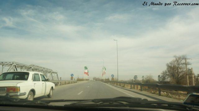 shiraz persepolis camino en taxi