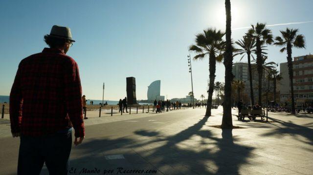 viajar por Barcelona España barceloneta
