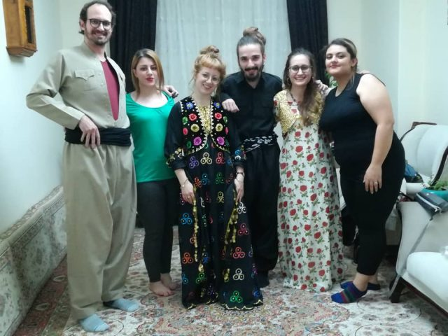Viajar por el Kurdistan iran trajes de boda