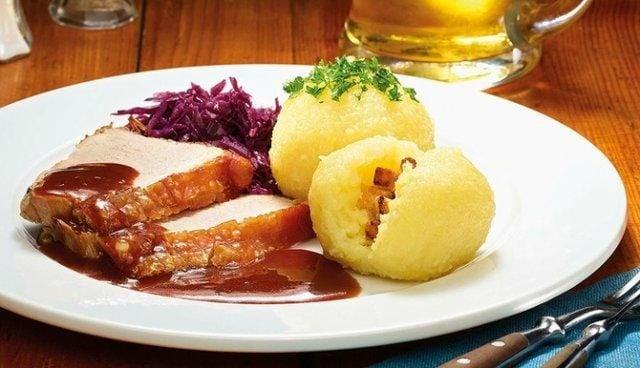 klösse alemania comida tipica tradicional