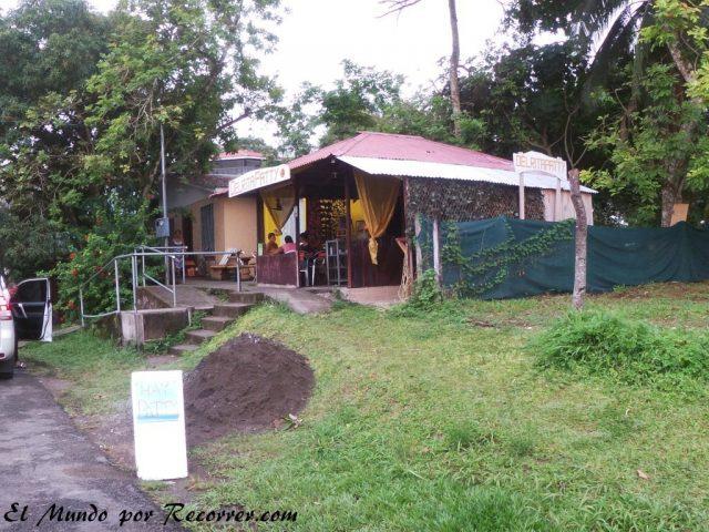 Viajar a Puerto Viejo Costa Rica en limon patty