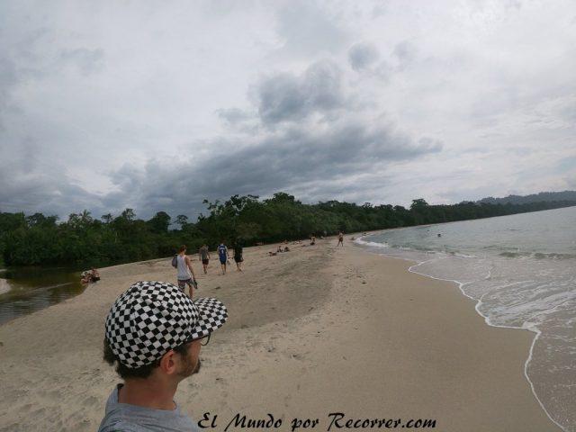 Viajar a Puerto Viejo Costa Rica en limon playa cahuita