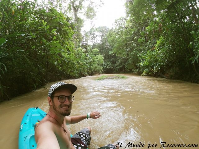 Viajar a Puerto Viejo Costa Rica en limon punta uva kajak
