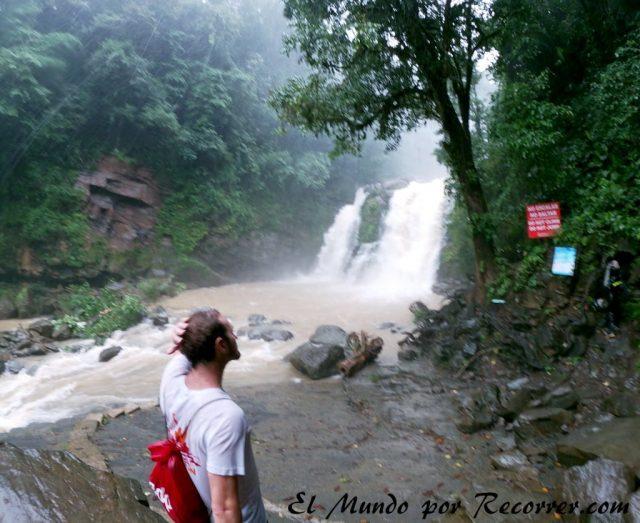 Nauyaca cataratas mucha lluvia costa rica