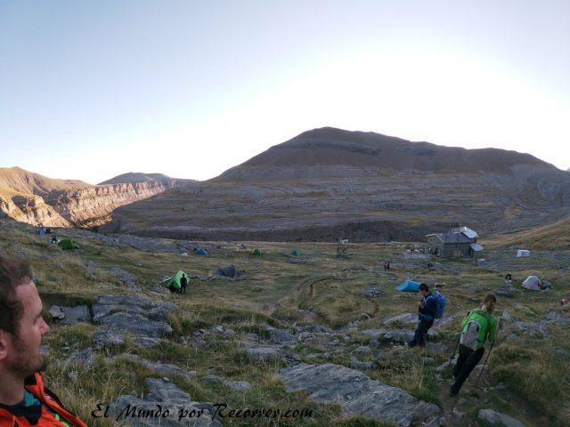 Monte perdido refugio de goriz acampada