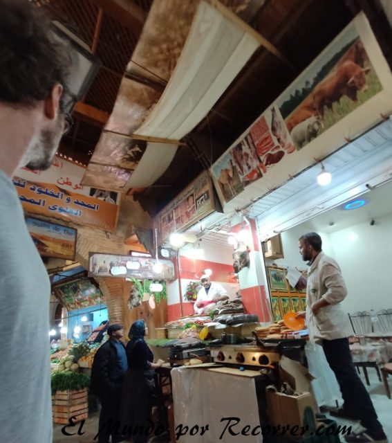 Fez Marruecos viajar camello carniceria
