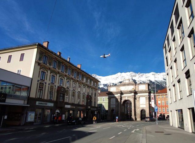Innsbruck austria arco del triumfo