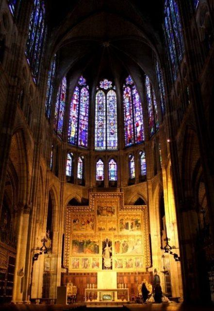 leon catedral vidrieras